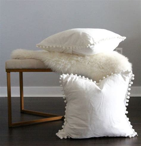 White With Pillows by 17 Best Ideas About White Throw Pillows On