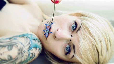 emo girl tattoo wallpaper cute girl tattoo tattoos women blonde glam emo wallpaper