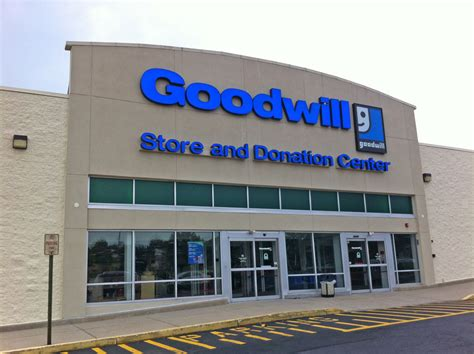 Goodwill Background Check Goodwill Store Donation Center 2365 E Lincoln Hwy Langhorne Pa 19047