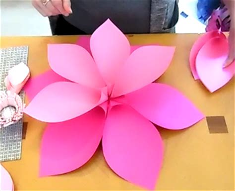 How To Make Hawaiian Paper Flowers - how to make hawaiian paper flowers abbi kirsten