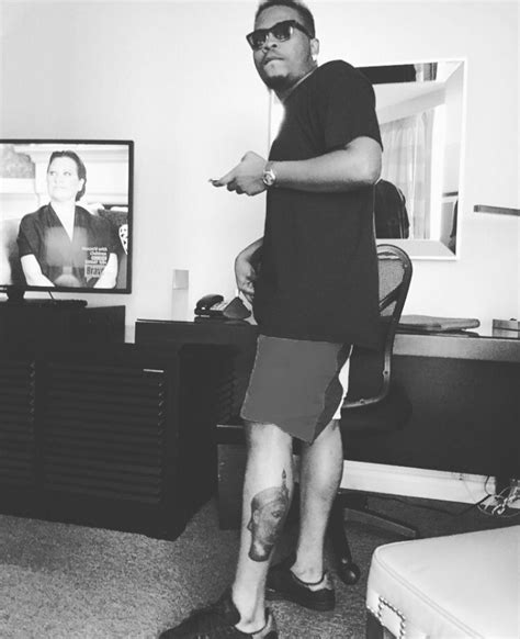 download awww olamide gets a new tattoo photo mp3 video olamide baddo gets his first tattoo on his leg musbizubeat