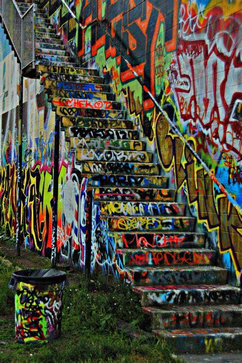 graffiti wall  seattle graffiti street art