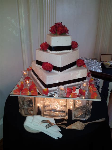 how to decorate glass blocks glass block cake display wedding decorating ideas