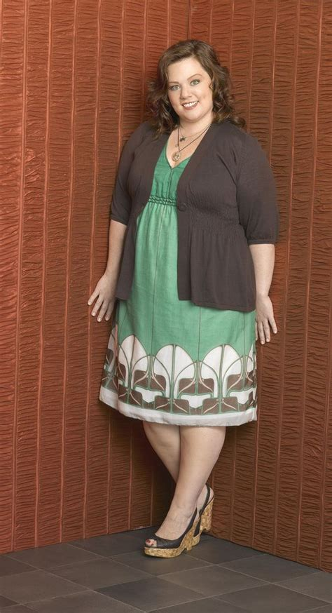 how to dress when short and heavy how to dress when you are overweight lookin good