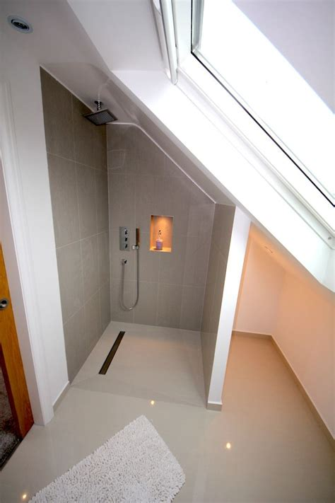 Small Attic Bathroom Ideas by The 25 Best Sloped Ceiling Bathroom Ideas On