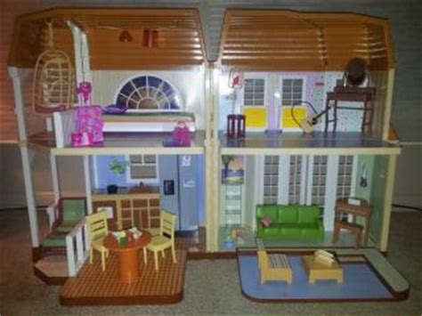 hannah montana doll house disney hannah montana oliver oken doll boom box cd player more new on popscreen