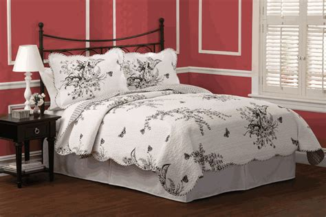 black and white toile bedding evans meadow black white toile quilt set