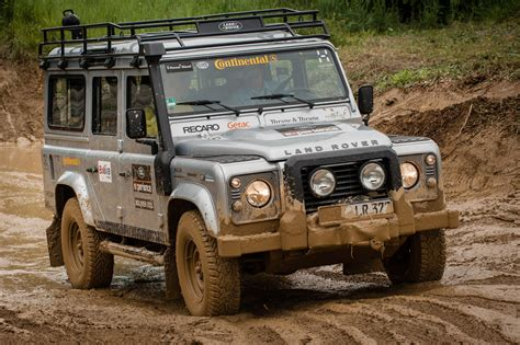 land rover experience defender file landrover defender atar jpg wikimedia commons