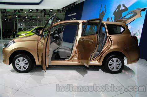 datsun renault auto expo 2014 datsun go mpv launching this year