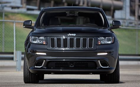 srt jeep 2012 first test 2012 jeep grand cherokee srt8 photo gallery