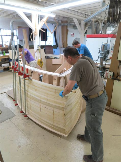 fadas boat shaped bar