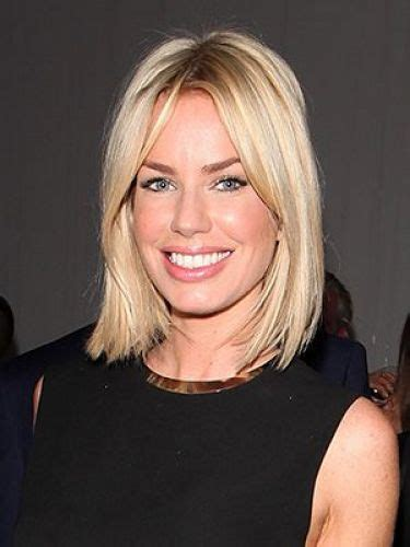 hairstyles for women over 40 middke part 39 bob hairstyles with gorgeous ombre highlights omg