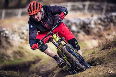 mtb cycling jacket endura keeps you dry on wet singletrack with new mtb rain