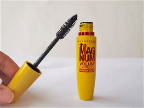 Maybelline Mascara The Magnum Volume Express maybelline magnum volume express waterproof mascara harga