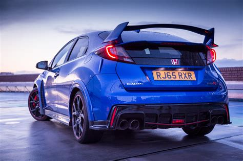 honda type r 2016 living with the 2016 honda civic type r gt