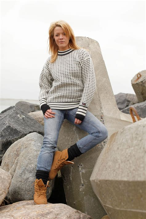faroese jumper knitting patterns faroese jumper of new wool with classic pattern from
