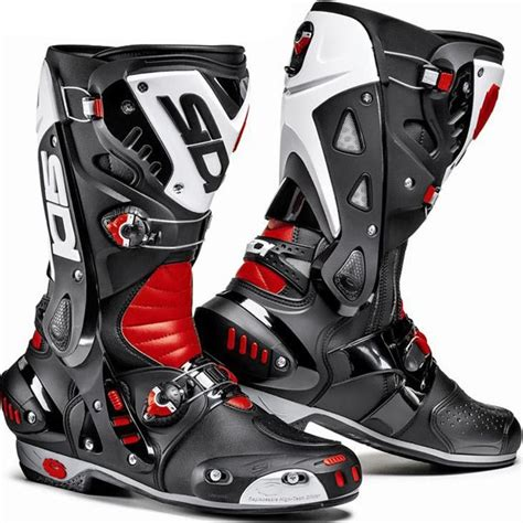 best motorcycle racing boots top 5 race boots over 163 250 mcn