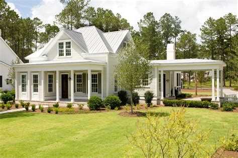 traditional farmhouse traditional farmhouse exterior colors exterior traditional
