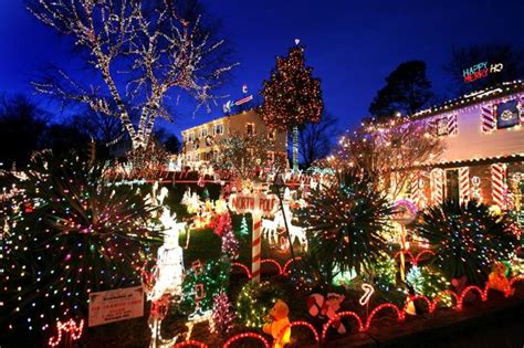 best christmas lights in richmond va 9604 asbury court richmond times dispatch west end