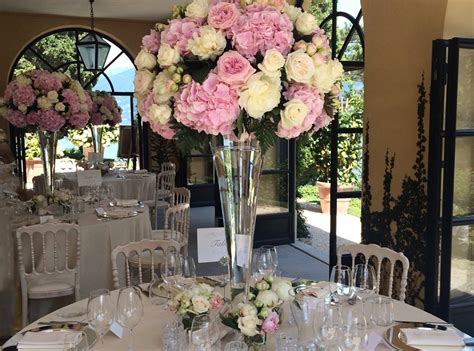 Wedding Flower Displays by Villa Balbianello Wedding Table Flower Display In Glass