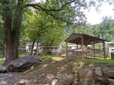 Bat Cave Cabin Rentals by Chimney Rock Vacation Rentals Lake Lure Lodging Bat