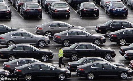 Jaguar Company Uk Car Industry Boost Jaguar Land Rover Strikes Deal To