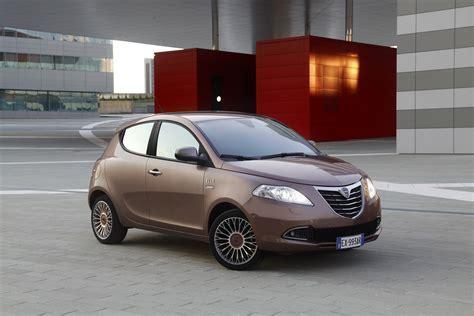 Lancia Ypsilon Dimensions Lancia Ypsilon Specs 2011 2012 2013 2014 2015
