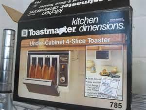toastmaster cabinet 4 slice toaster