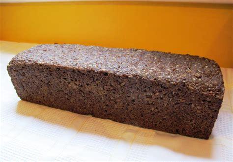 real german pumpernickel bread thebreadshebakes com