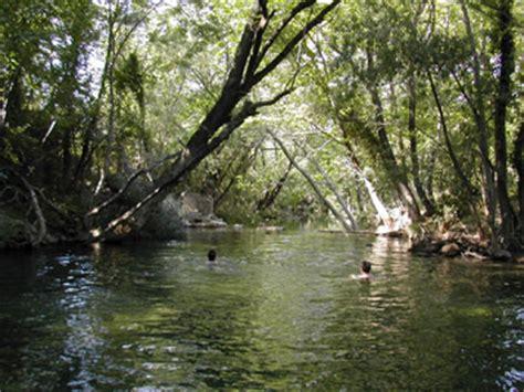 huis kopen in quebec te koop nieuw chalet voor 6 personen op terrein aan rivier