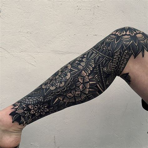 mandala leg tattoo top 25 best geometric mandala ideas on