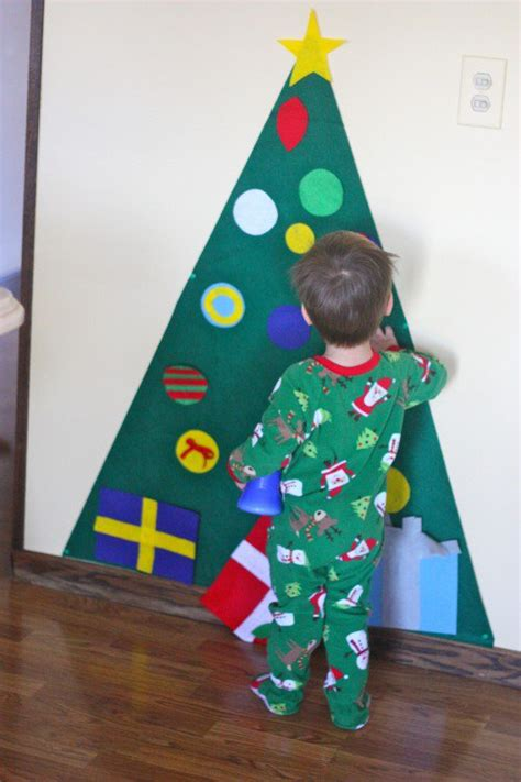 aprons and apples felt christmas tree advent calendar
