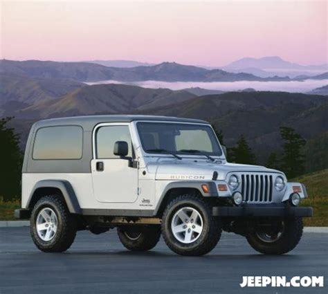 Hardtop For 2005 Jeep Wrangler Unlimited Jeepin 187 The Jeep Legend Continues With The 2005 Jeep
