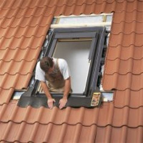 roof window kit velux single window pk08 940x1400mm select kit