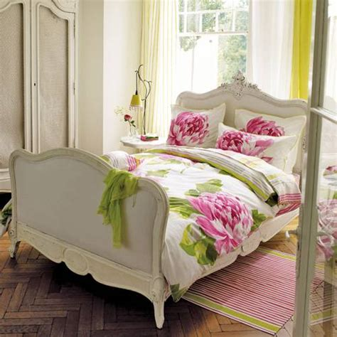 pink and green bedding the classic color combination of pink and green places in the home