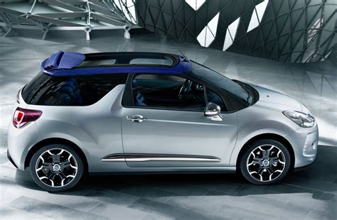 Citroen Ds3 Cabrio by Citroen Adds Convertible Ds3 To Range