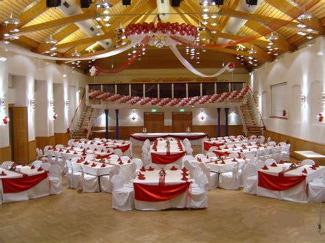 Deko Hochzeitssaal by Hochzeitssaal Hochzeitsdekoration In Nrw Stuhlhussen