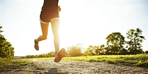 9 Tips For A Safe Outdoors Run by 9 Ridiculously Simple Things All Should Be Doing For