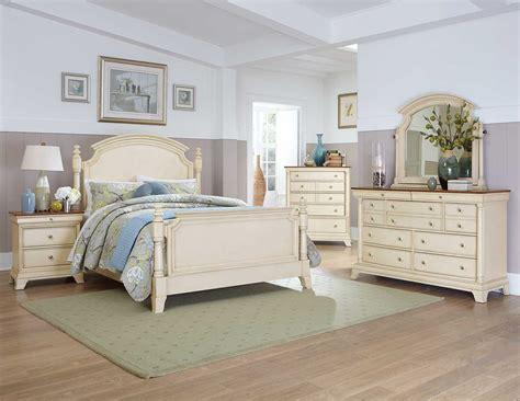 Homelegance inglewood ii bedroom set white b1402w bed set at homelement com