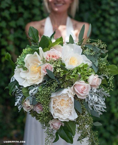 diy bridal bouquet with fresh crepe paper flowers diy