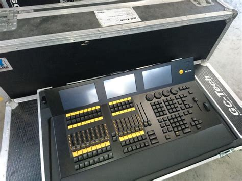console eclairage nouvelle console lumi 232 re ma lighting dot2 gc tech s 224 rl