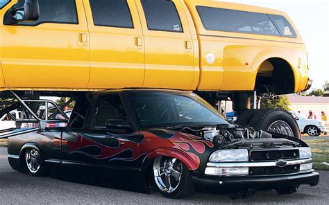 S10 Lowered Image 56