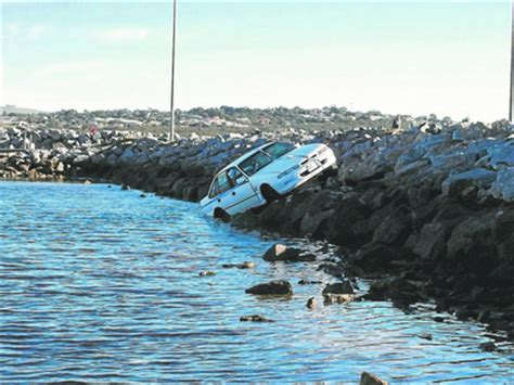 boat licence drink driving drunk driver on the rocks port lincoln times