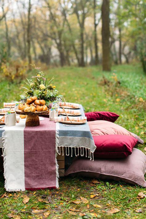 fall backyard party ideas holiday wreath christmas party diy holiday wreath 100
