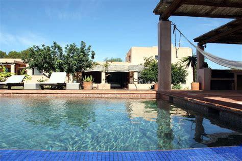 affitto casa formentera villa di lusso formentera affitto con piscina e idromassaggio