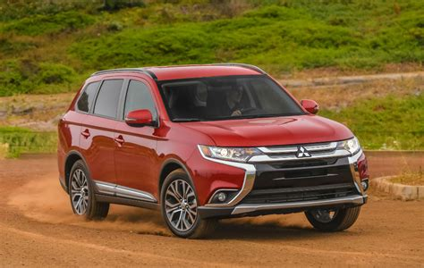 mitsubishi outlander 2016 review 2016 mitsubishi outlander review an active lifestyle vehicle