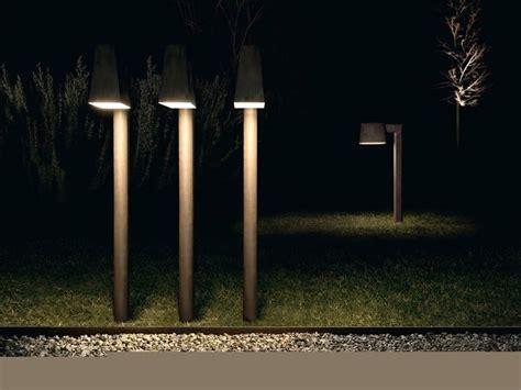 paletti illuminazione esterna illuminazione esterna giardino illuminazione giardino
