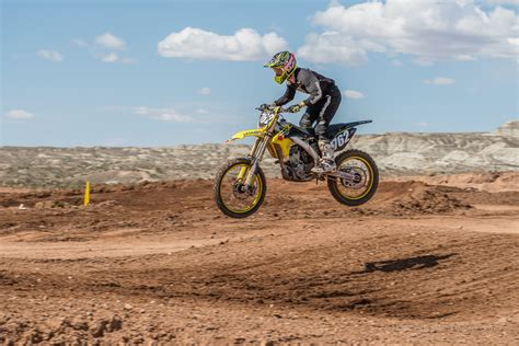 pro motocross racer motocross racers gather to qualify for pro am regional
