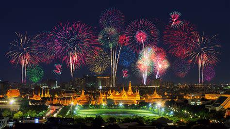 does thailand celebrate new year new year countdown celebration 2016 bangkok story hulutrip
