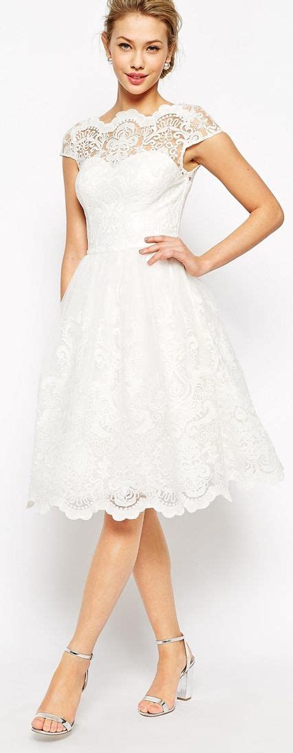 dressing beautifully for dinner the perfect rehearsal dinner dress wedding planning